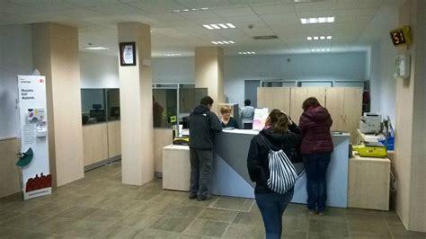 la oficina de correos en la rochapea gana superficie y - Oficina Correos Rochapea