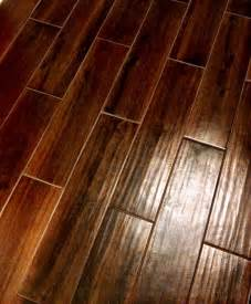 Ceramic Floor Tile That Looks Like Wood Looks Like Wood Really Is Tile Home Ideas