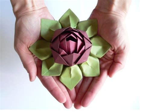 Beautiful Origami Models - how to fold beautiful origami lotus flower