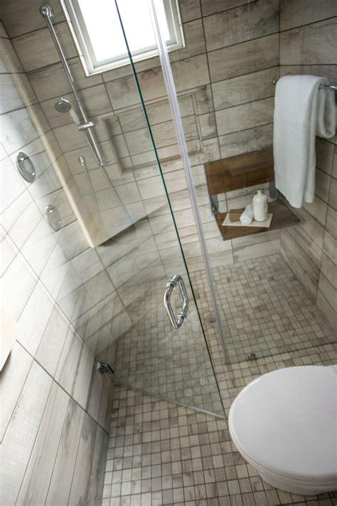 Small Bathroom Shelf by Salle De Bain Avec Italienne En Quelques Id 233 Es D 233 Co
