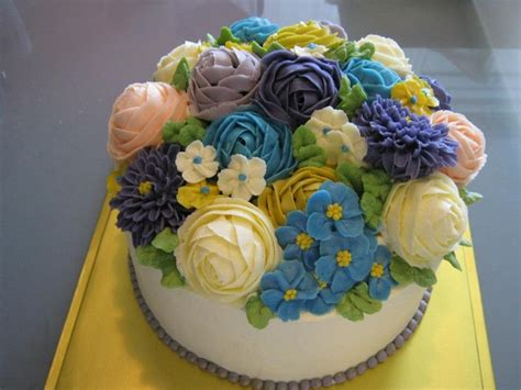 Cake Decorating Flowers Buttercream by Real 100 Handmade Buttercream Flower Cake Yoon S