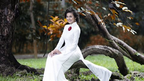 fashion model  vietnam wallpaper  desktop