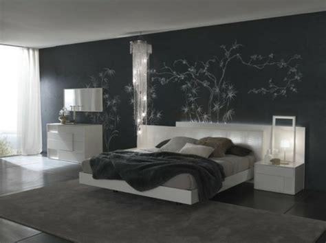bedroom decorating ideas with calm red paint colours choisir la meilleure id 233 e d 233 co chambre adulte archzine fr