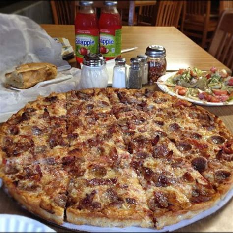 pizza house new haven ct pizza house in new haven ct 89 howe street foodio54 com
