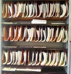 armoire dossier suspendu tectake armoire dossiers