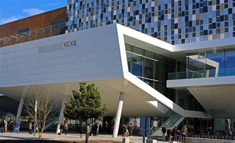 Mba Laval by Laval Mba Expands Horizons And Number Of Degrees With