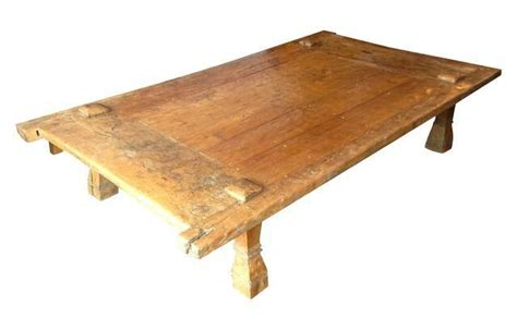 balinese wooden coffee tables 1000 ideas about door coffee tables on coffee