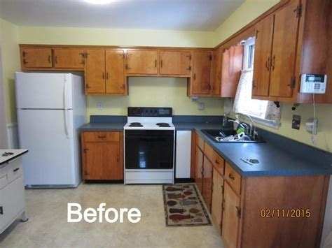 Reface Kitchen Cabinets Before After Earth Smart Remodeling Inc Cabinet Refacing Before And After Photos