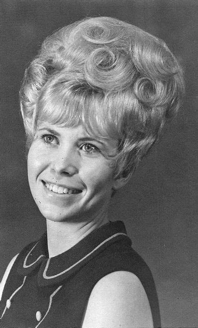 pictures of 1960 buffant updo bouffant hair 1960s and hair on pinterest