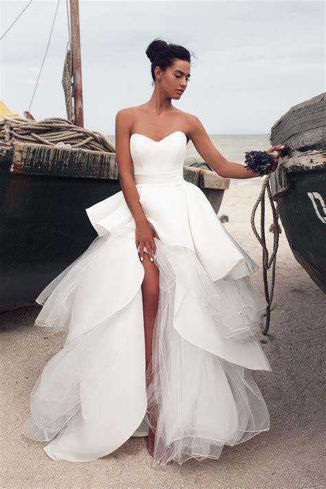 218 ltimas tendencias en vestidos de comuni 243 n para este 2017 nuevas tendencias de vestidos de boda con la cola larga tendencias 2017 te sorprender 225 s con