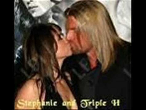 stephanie mcmahon asks triple h to sign the annulment triple h and stephanie mcmahon levesque youtube