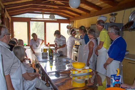 corsi di cucina toscana corsi di cucina tipica toscana in agriturismo a castiglion