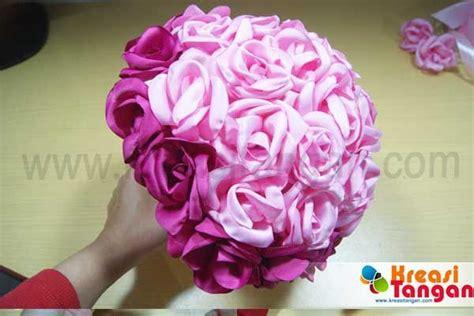 cara membuat bunga pom pom kertas krep 78 best images about kerajinan tangan on pinterest satin