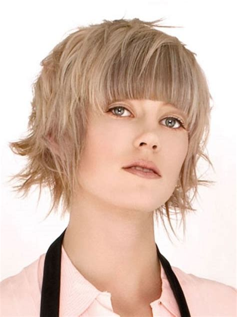 Short Hairstyles For Older Women With Full Face