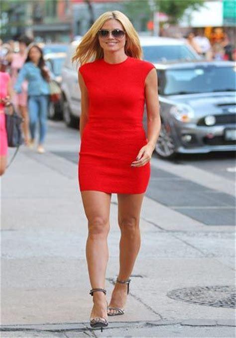 Heidi Klums Er Beautiful by Heidi Klum Rockt De Rode Dress Als Geen Ander En