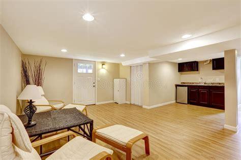 appartamento seminterrato basement in apartment living room and kitchen