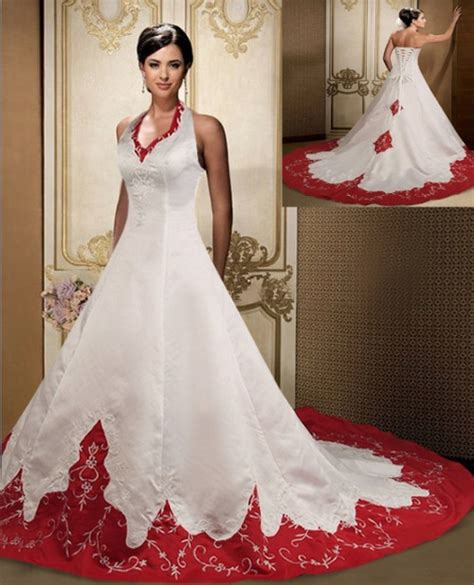 Christmas Themed Dresses | musings of a bride christmas themed wedding bridal dress