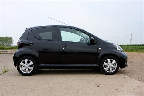 Toyota X 2005 Review Toyota Aygo Hatchback Review 2005 2014 Parkers