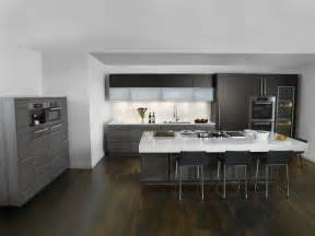 Poggenpohl Cabinets by L Shaped Apartment Layout Bedroom Apartment House Plans