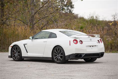 White Nissan Gtr by 2014 Nissan Gt R R35 White 6 Rightdrive Usa