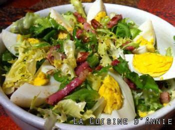 salade verte cuite recette cuisine recette salade fris 233 e aux lardons la cuisine familiale
