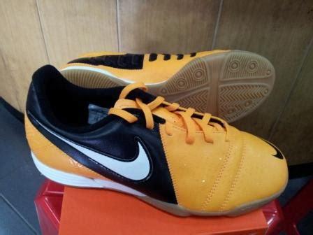 Sepatu Asics Duomax jual sepatu futsal nike ctr 360 murah