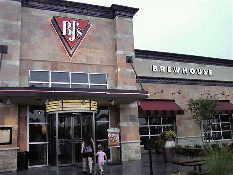 waffle house seffner bj brew house 28 images bj s restaurant and brewhouse bj s brewhouse the falls in