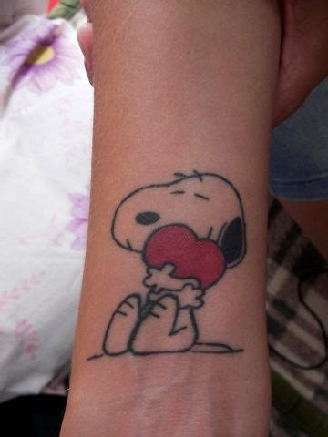 snoopy tattoo designs 25 best ideas about snoopy on snoopy