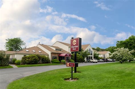 accommodations cape cod ma clarion inn cape cod in south yarmouth hotel rates