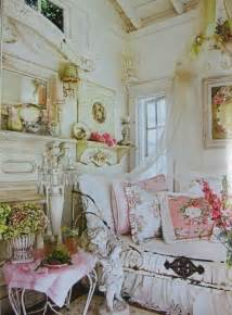 shabby chic guest rm small