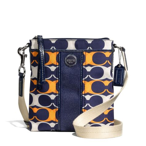 coach swing coach swing pack 28 images coach legacy signature