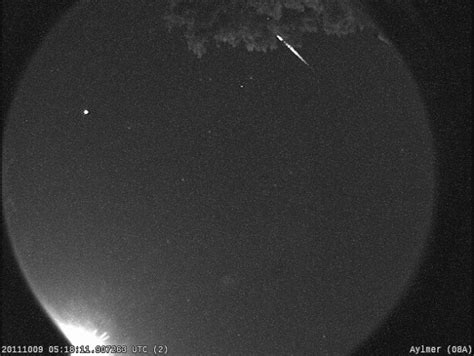 Meteor Shower October 8 by Draconid Meteor Shower Peaks October 8 The Skies