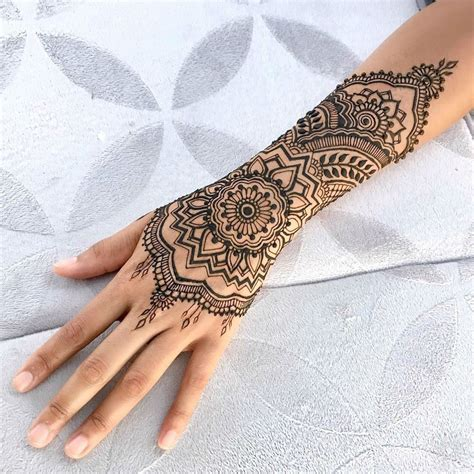 henna tattoo in arm 24 henna tattoos by goldman you must see henna
