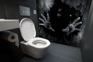 Pixers Wall Murals these scary bathroom murals are the stuff of nighmares