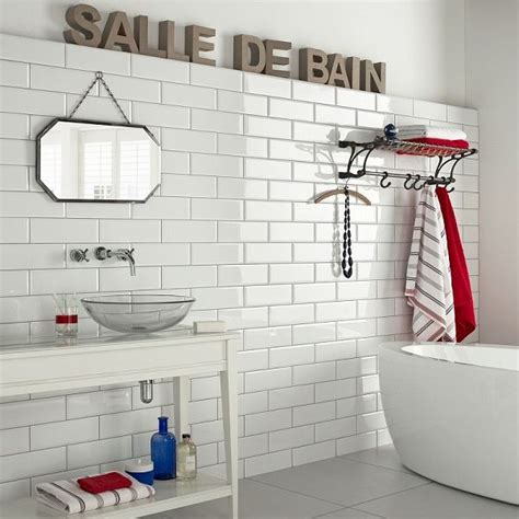 gloss tiles on bathroom floor 29 white gloss bathroom tiles ideas and pictures