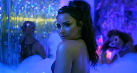 demi lovato sorry not sorry download musicpleer demi lovato sorry not sorry official music video