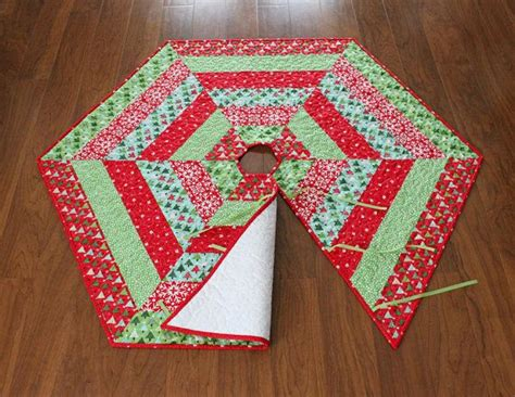 pattern for making christmas tree skirt holly jolly christmas tree skirt pattern pdf