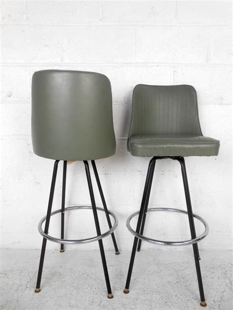 Mid Century Bar Stool Mid Century Modern Bar Stools By Atlas At 1stdibs