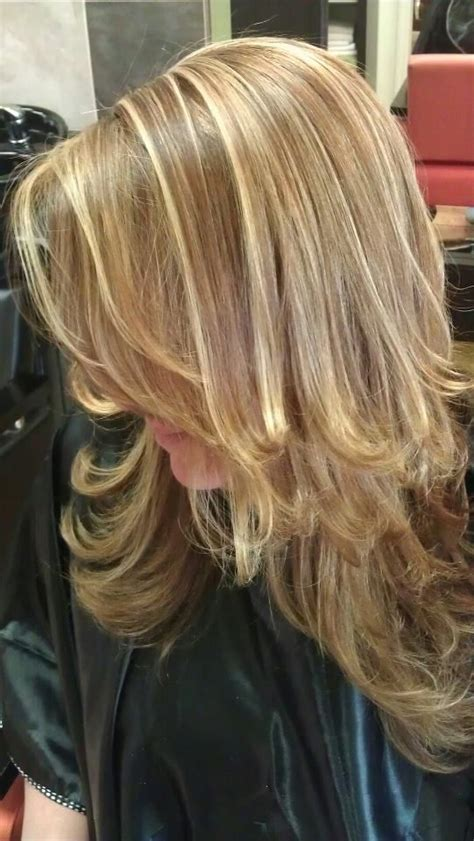 chigon blonde highlights best 25 two toned hairstyles ideas on pinterest ash