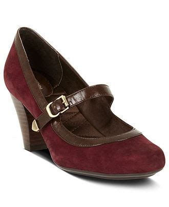 macys womens comfort shoes 17 best images about shoes for wide feet on pinterest