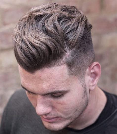 Mens Hairstyles For Wavy Hair by 21 Wavy Hairstyles For S Hairstyles Haircuts 2018