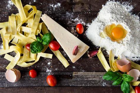 italiano cucina foto gratis pasta formaggio uovo cibo cibo italiano