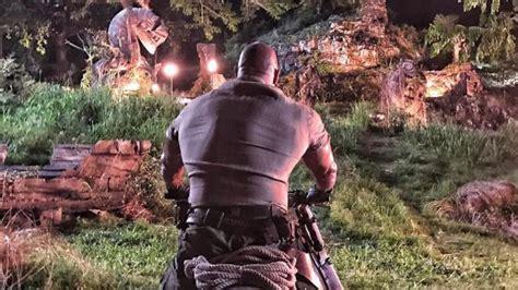 jumanji nuovo film jumanji dwayne johnson 232 nella giungla pericoli in