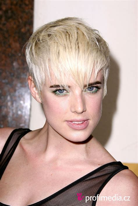 AGYNESS DEYN hairstyle   BakuLand   Women & Man fashion blog