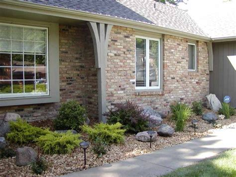 Backyard Shrubs Shrubs Plants Amp Boulders In Rock Bed Exterior Front