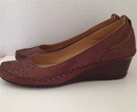 naturalizer shoes womens size   brown gatsby heels  heels