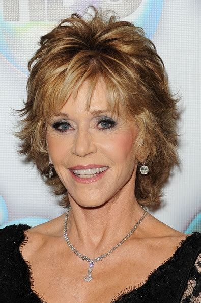 bing hairstyles for women over 60 jane fonda with shag haircut jane fonda shag cut hairstylegalleries com