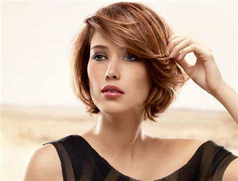 tendances coiffures passez au carr 233 femme actuelle