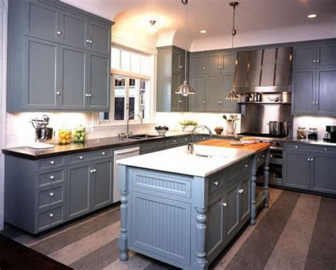 fresh coat of paint light vs dark kitchens cream colored cabinets with white appliances home fatare