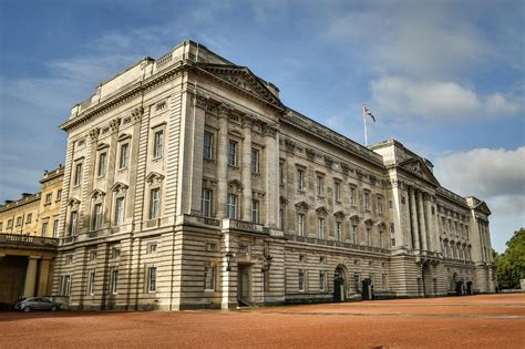 buckingham palace the history of buckingham palace